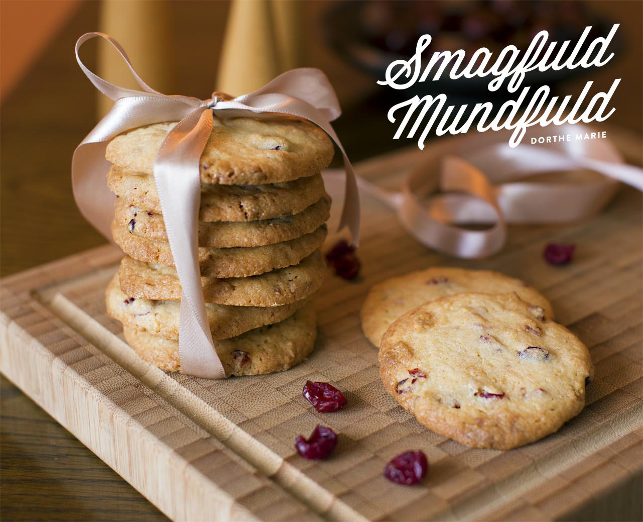 Cookies med tranebær og hvid chokolade