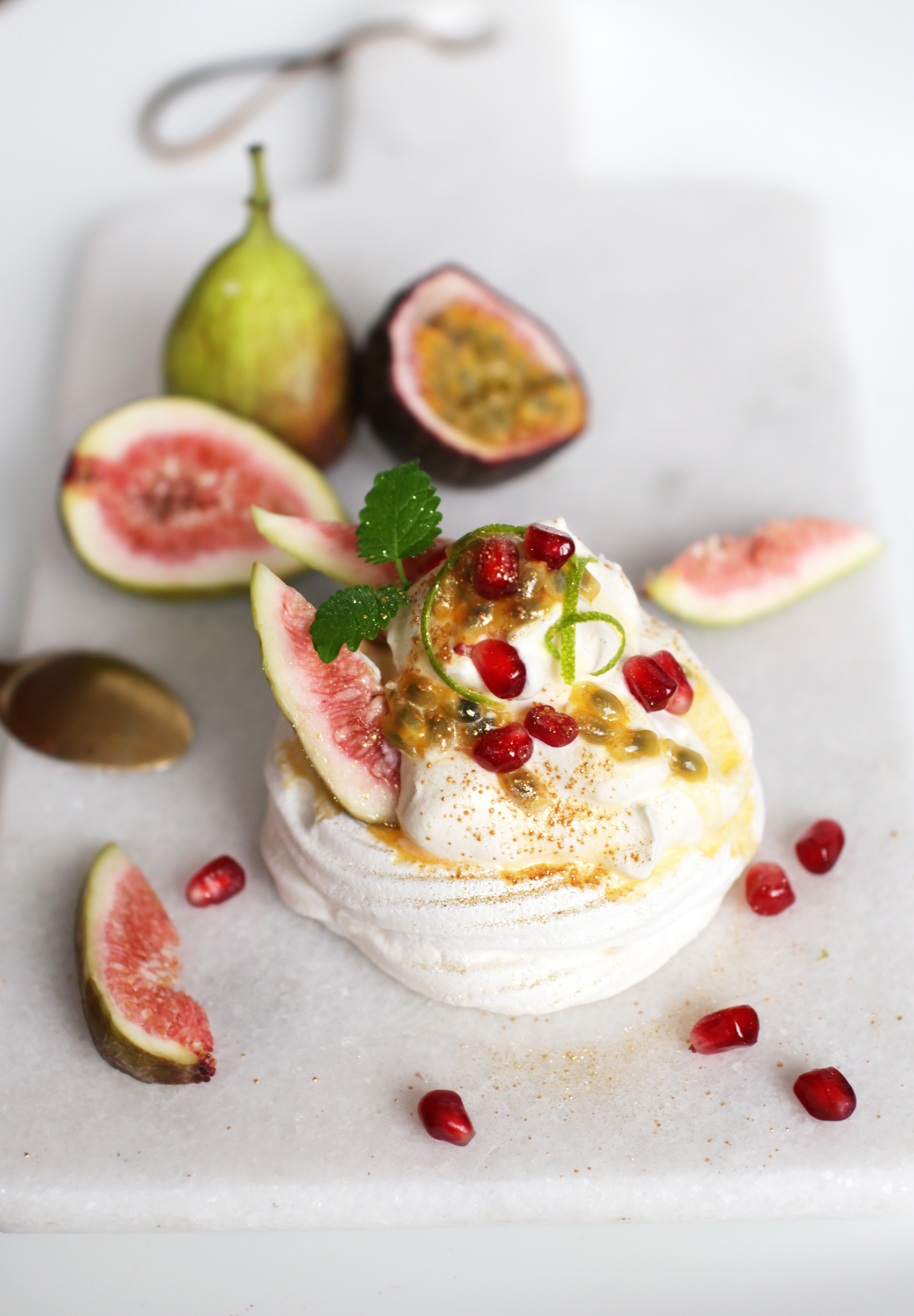 pavlova med frugt