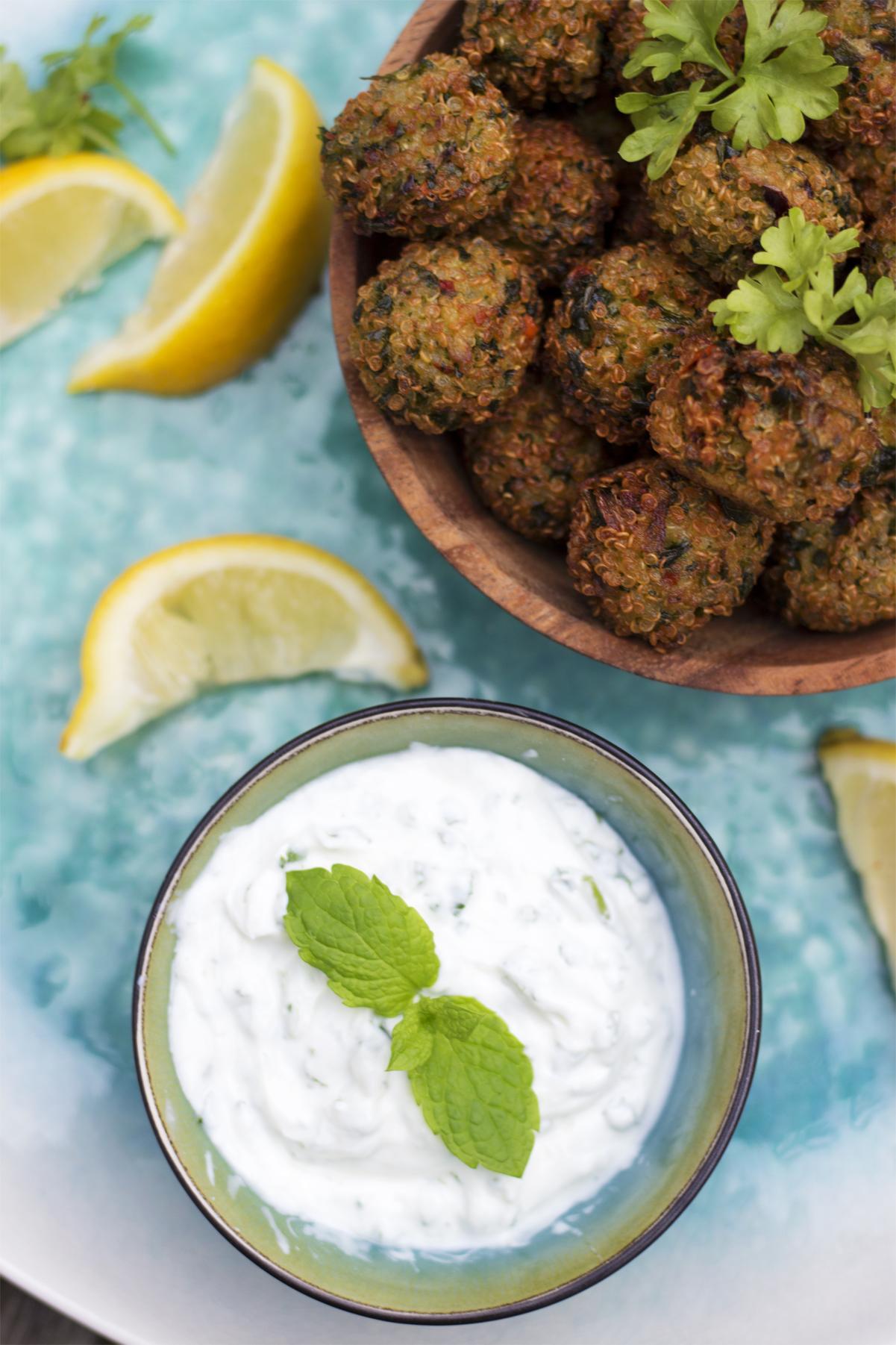 quinoa falafler med mynteyoghurt